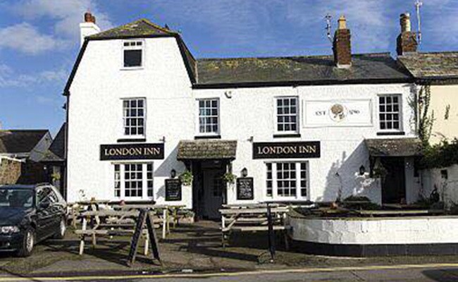 _0010_London Inn
